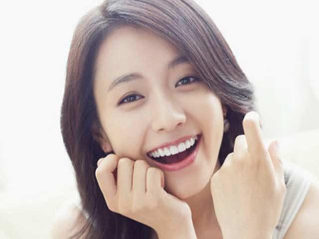 5 bí quyết trẻ đẹp của mỹ nhân có nụ cười đẹp nhất Hàn Quốc