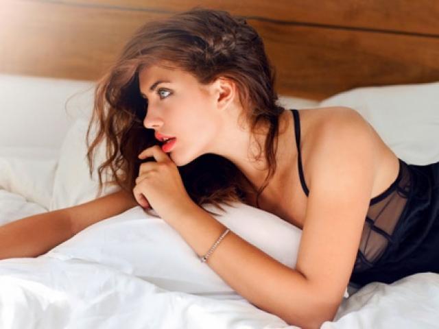 Tâm sự của người đàn bà trót ngủ với chồng bạn thân