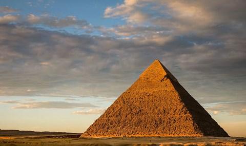 Bí mật chấn động chưa từng biết về Đại kim tự tháp Giza - 1