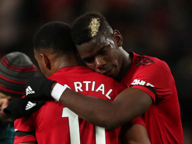 """SAO 4 bàn/3 trận: """"Kẻ bỏ đi"""" Martial hóa người giải cứu MU - Mourinho"""