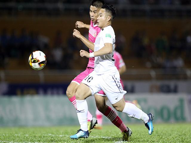 """""""Ronaldo VN"""" & SAO V-League so tài bóng đá """"phủi"""" lớn nhất Sài Gòn"""