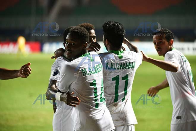 U19 Nhật Bản - U19 Saudi Arabia: Thảm họa phòng ngự, bàn đá phản khó tin - 1