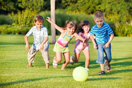 Cha mẹ không biết 3 yếu tố này sẽ bỏ lỡ cơ hội phát triển trí não của con - 1
