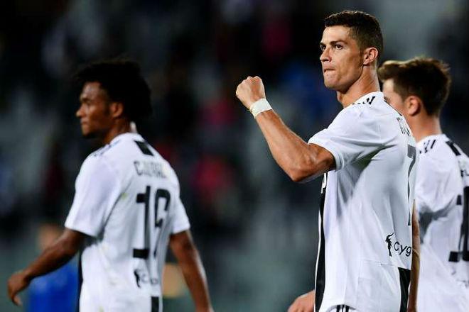 """Ronaldo săn bàn vượt tầm Juventus: Đồng đội choáng váng vì """"siêu nhân"""" - 1"""