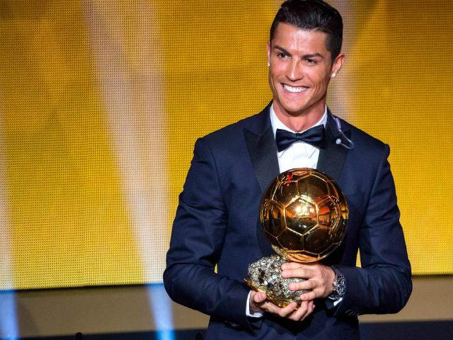 """Ronaldo quyết ẵm Quả bóng Vàng thứ 6: Chỉ có Messi xứng """"địch thủ"""" 10 năm"""