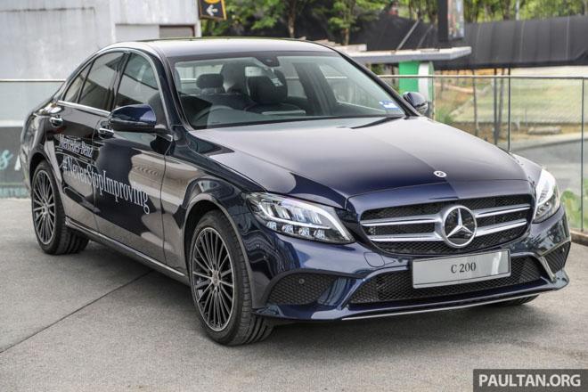 Mercedes-Benz giới thiệu bộ ba C-CLass mới: Động cơ 1.5L tăng áp, giá từ 1,4 tỷ đồng - 1