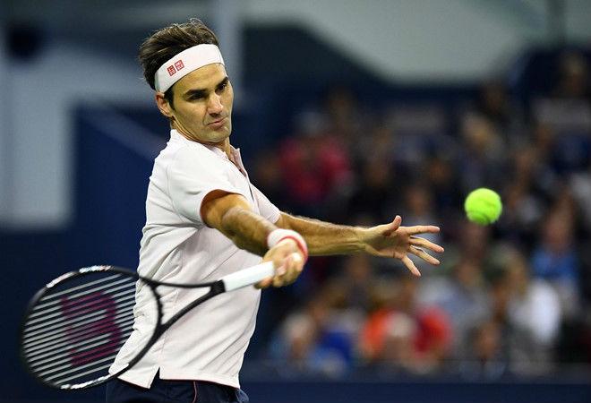 Federer - Fognini: Sức mạnh tuyệt đỉnh vào tứ kết (Vòng 3 Paris Masters) - 1