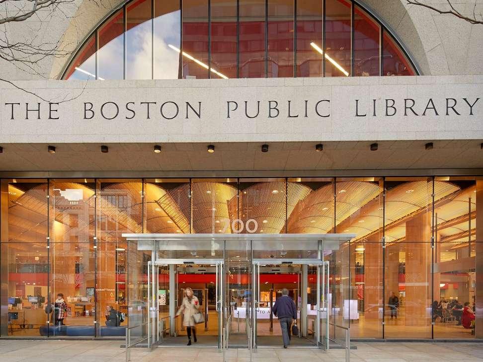 """Những thư viện khủng đẹp như khách sạn 5 sao khiến các """"mọt sách"""" mê mệt - 1"""