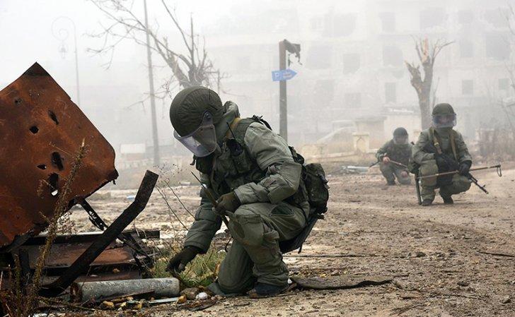 Nóng: Nổ lớn rung chuyển Syria, ít nhất 5 quân nhân Nga thiệt mạng - 1