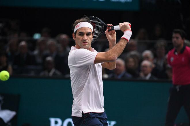 """Federer hay không bằng may: Phản xạ điện xẹt làm Djokovic """"chết lặng"""" - 1"""