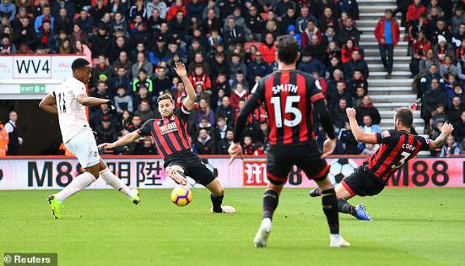Bournemouth - MU: Bùng nổ màn ngược dòng phút bù giờ - 1
