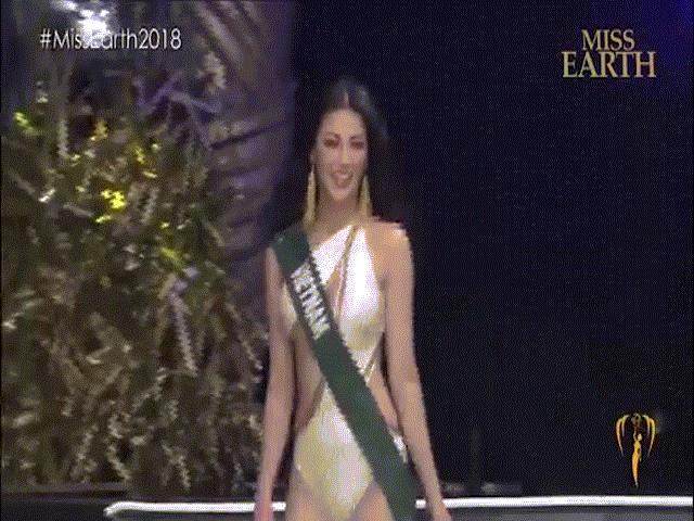 Hoa hậu Trái Đất Phương Khánh diễn bikini bốc lửa áp đảo đối thủ