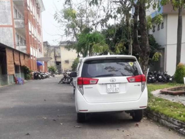 Tài xế gây tai nạn rồi chở nạn nhân vào đường vắng, đạp xuống xe