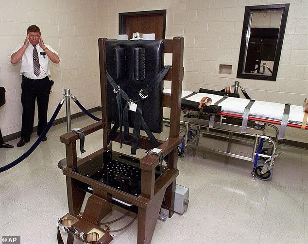 Lời cuối gây sốc của tử tù chọn tử hình bằng ghế điện ở Mỹ - 1