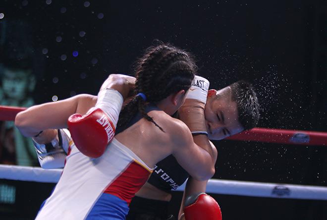 Kỳ tích boxing Việt: Cô gái bán vé số thắng võ sỹ 3 lần vô địch thế giới - 1