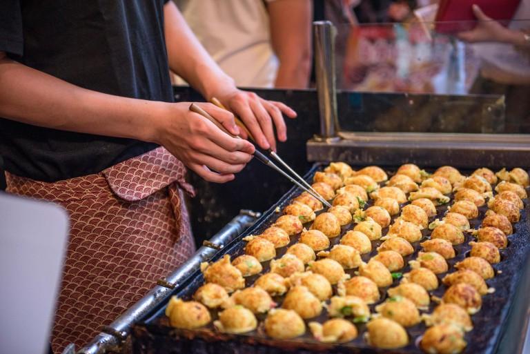 Đến nơi nào để thưởng thức những món ăn đặc sắc nhất đất nước mặt trời mọc? - 1
