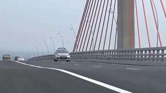 Cầu Bạch Đằng lún, võng: Bộ GTVT yêu cầu kiểm tra chất lượng thi công - 1