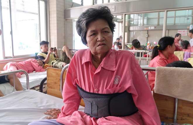 Lời kể của nạn nhân bị gã tài xế đạp xuống đường ở Tiền Giang - 1