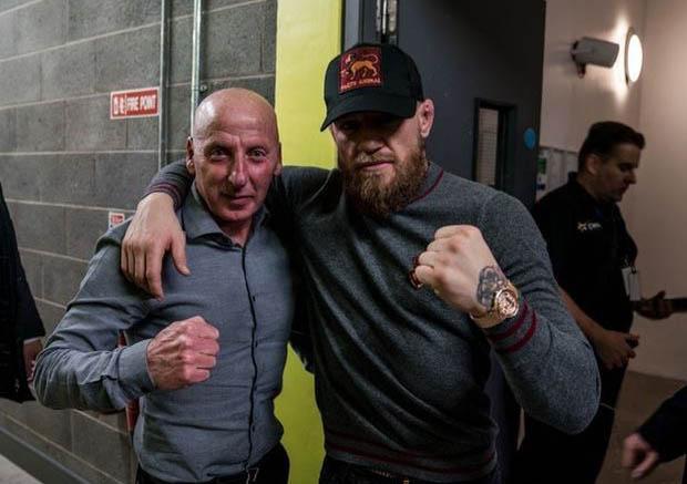 """Tin nóng võ thuật 5/11: Bất ngờ McGregor """"xin xỏ"""" cựu cầu thủ MU - 1"""