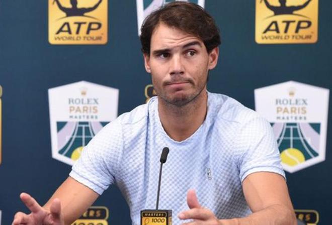 """ATP Finals 2018: """"Bò tót"""" Nadal bỏ giải, Federer hẹn Djokovic chung kết - 1"""