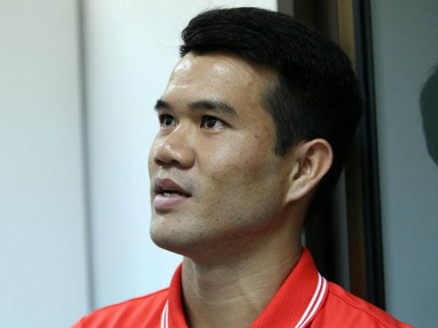 Bất ngờ ĐT Việt Nam đấu Lào có cầu thủ công nhân, người bán hàng