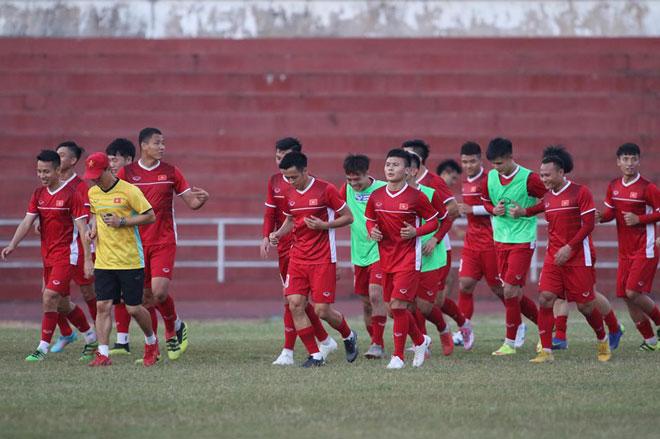 """15/23 tuyển thủ U23 Việt Nam săn vàng AFF Cup 2018: Trẻ nhưng """"chất"""" - 1"""