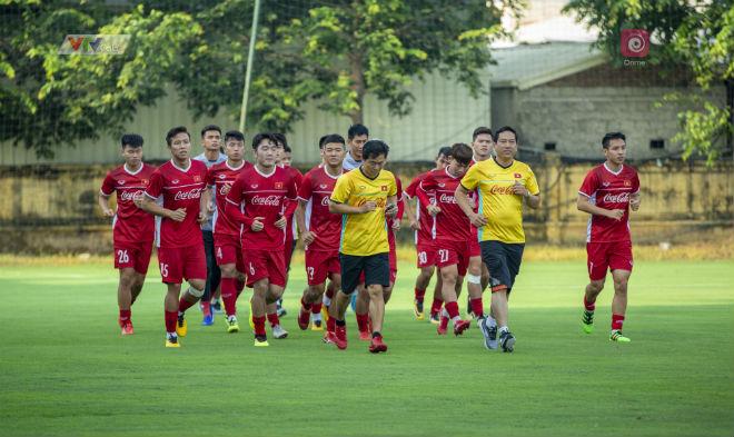 ĐT Việt Nam sẽ dùng chiến thuật nào trận khai mạc AFF Cup? - 1