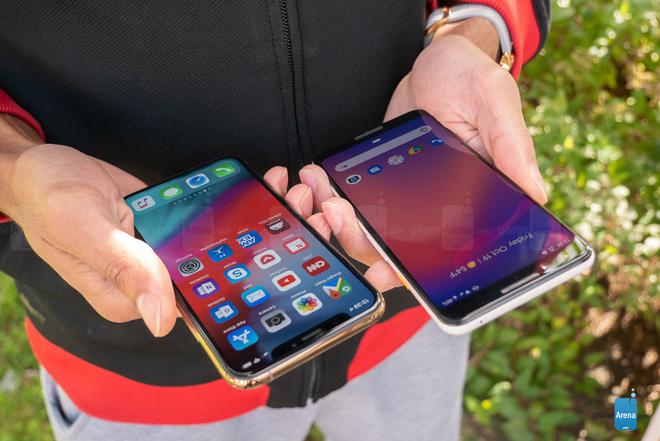 Pixel 3 so tài cùng iPhone Xs: Tiền nào của ấy - 1