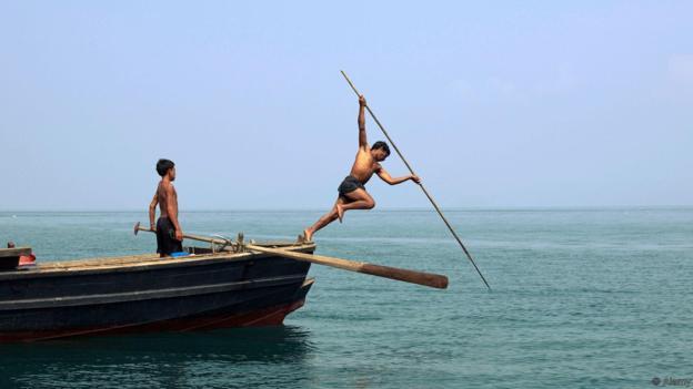 """Bộ lạc """"người cá"""" với khả năng nhìn dưới nước """"siêu phàm"""" - 1"""