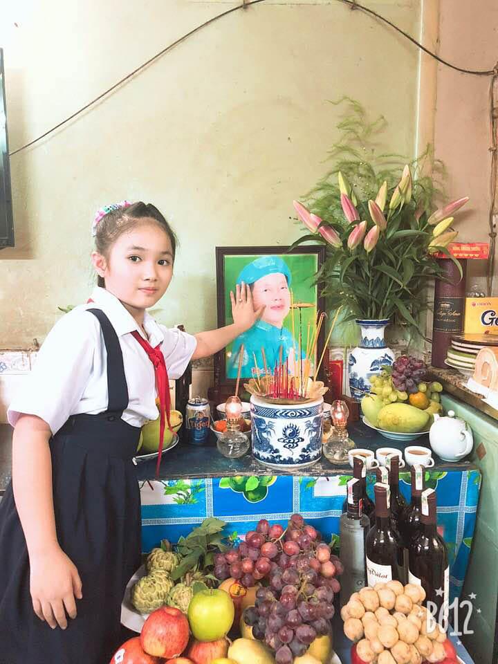 10 tuổi, con gái nuôi cố nghệ sĩ Khánh Nam tậu xe hơi tiền tỷ - 1