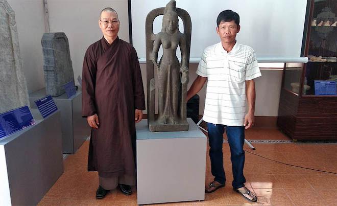 Nóng 24h qua: Phát hiện tượng nữ thần cổ trị giá 7,5 tỉ ở Việt Nam - 1