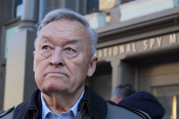 Tướng tình báo KGB lật mặt: Chớp thời cơ và thất bại - 1