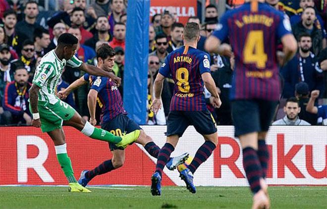 """Siêu phẩm vòng 12 La Liga: SAO trẻ Real """"hóa"""" Ronaldo nã đại bác - 1"""