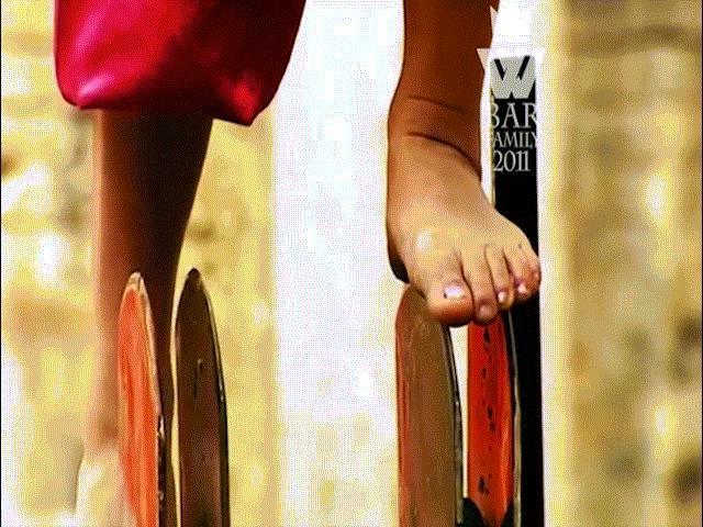 72 tuyệt kỹ Thiếu Lâm có thật: Võ công cái thế chân trần đi trên dao