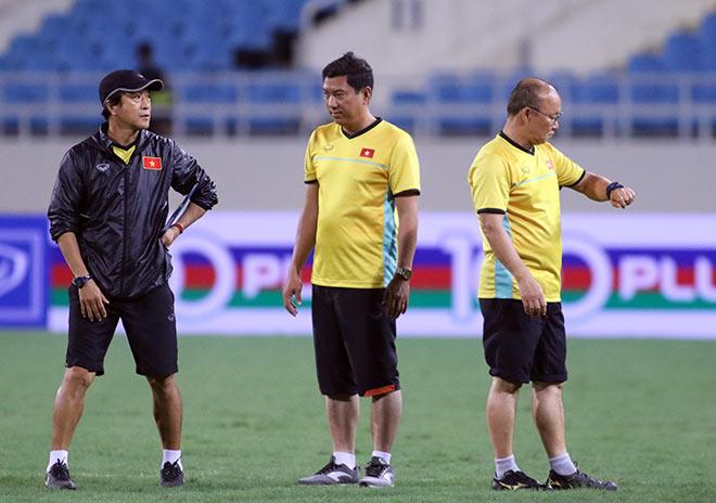 """ĐT Việt Nam: Tuyệt mật """"luyện bài tủ"""" chờ thắng Malaysia - 1"""