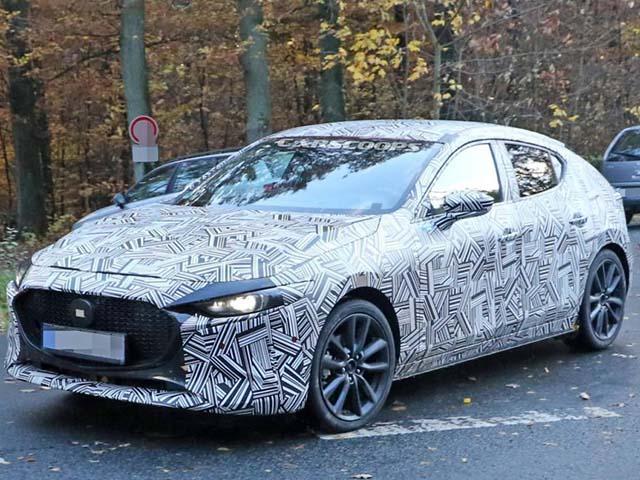 Mazda 3 thế hệ mới bị bắt gặp trên đường chạy thử