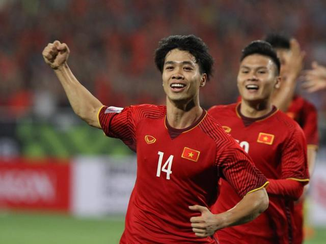 What did Cong Phượng say when his son scored the opening goal against Malaysia?