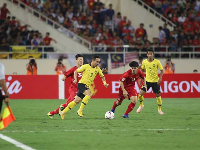 Vietnam - Malaysia: Chong Phuong competition, 3 credible points (AFF Cup)