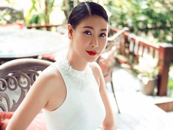 Lần đầu Hà Kiều Anh tiết lộ yêu năm 14 tuổi và bỏ người yêu để thi hoa hậu - 1