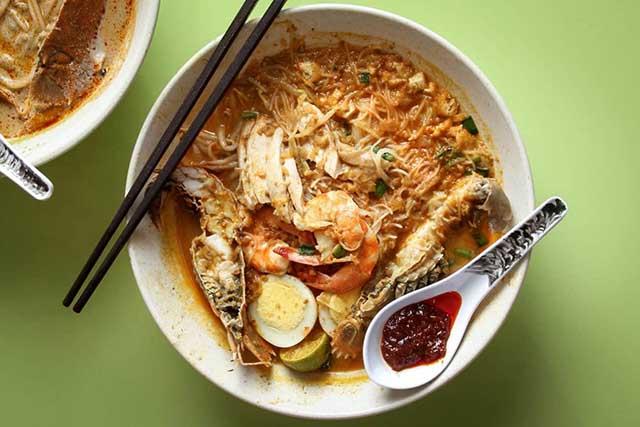 10 nhà hàng đạt đẳng cấp 5 sao nhưng chỉ có giá dưới 70.000đ ở Singapore - 1