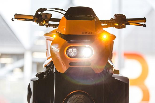 """Yamaha MT-10 biến hóa cực chất, phong cách """"kẻ biến hình"""" Transformers - 1"""