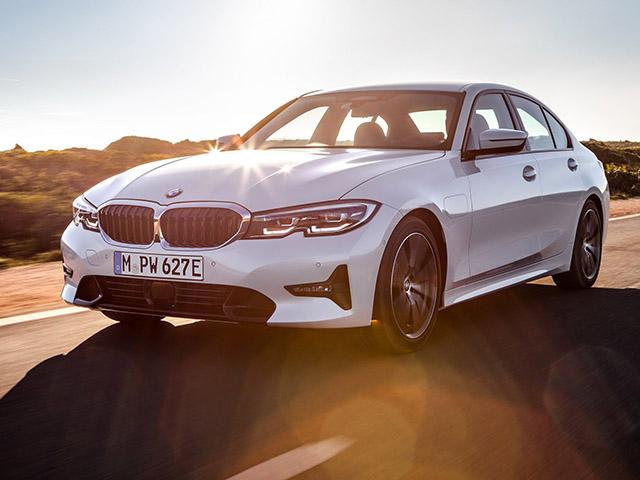BMW giới thiệu phiên bản 330e 2019: Tiêu hao nhiên liệu đạt 1,7L / 100km