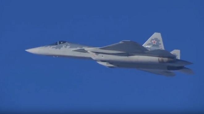 Video hiếm quay cảnh tiêm kích tàng hình Su-57 chiến đấu ở Syria - 1