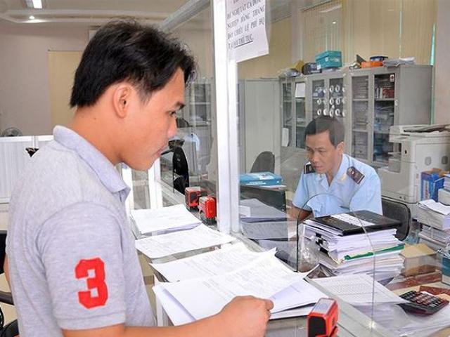 Vẫn tranh luận việc cung cấp tài khoản người nộp thuế