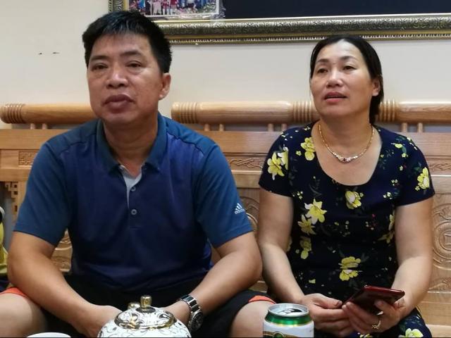 Bố Văn Toàn nói gì về trọng tài biên sau khi từ chối bàn thắng của con trai?
