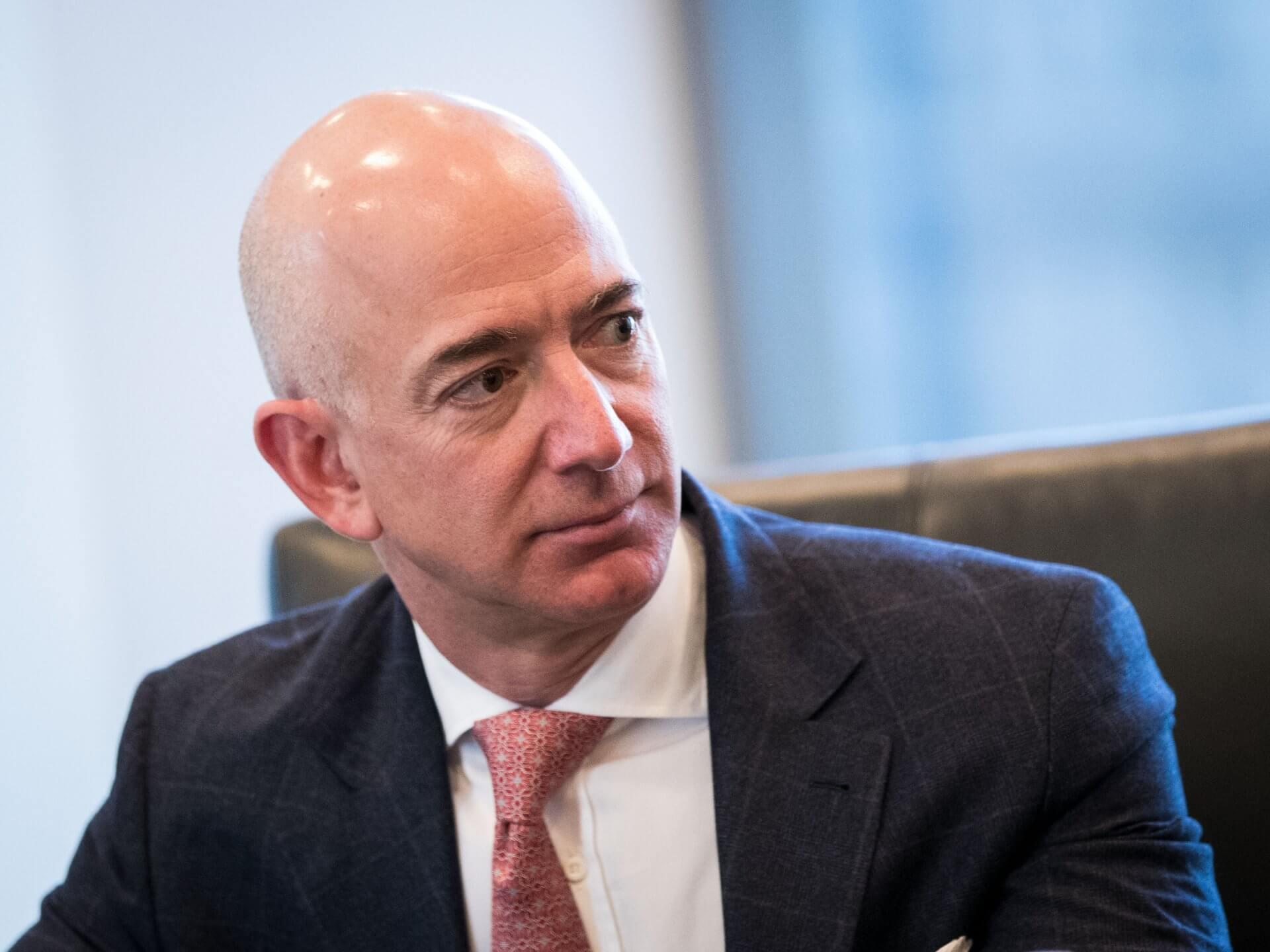 """Jeff Bezos tiên đoán: """"Thực tế sẽ đến một ngày Amazon sụp đổ"""" - 1"""