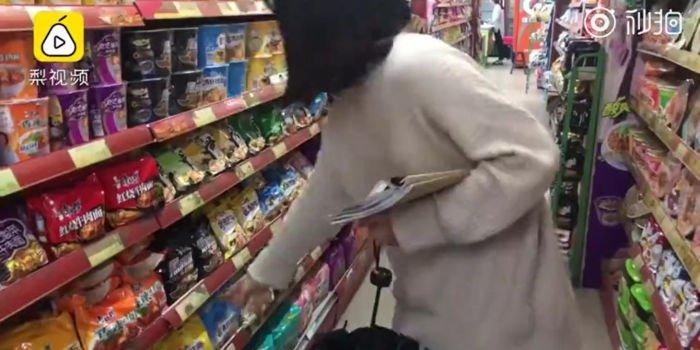 Cái kết không gì thảm hơn của nữ sinh ăn mì 3 tuần để mua sắm dịp Black Friday - 1