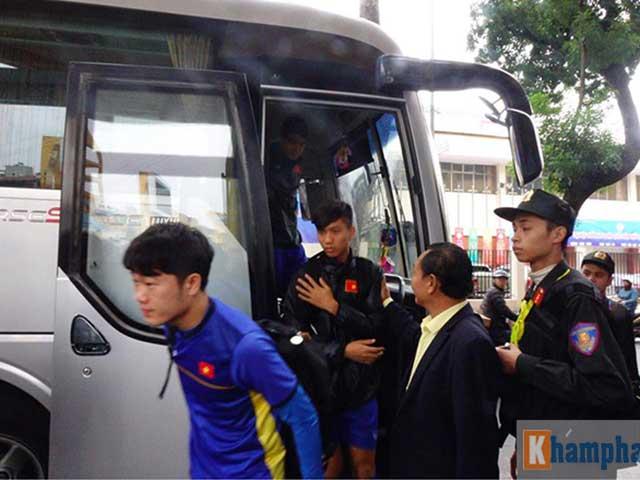 """ĐT Việt Nam: HLV Park Hang Seo ra chiêu quá lẹ, """"do thám"""" bó tay"""