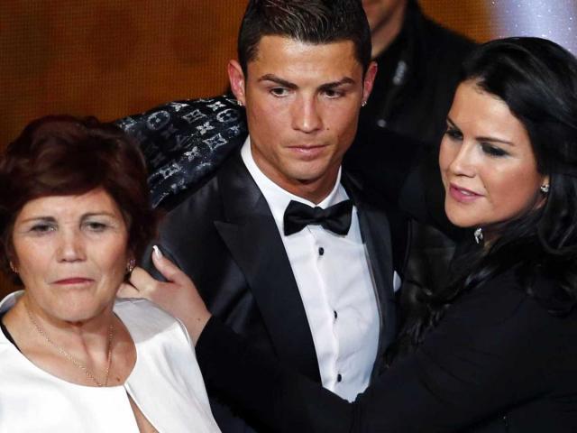 """Dở khóc dở cười Ronaldo bị """"nhái"""" hình ảnh ở phim tranh giải danh tiếng"""