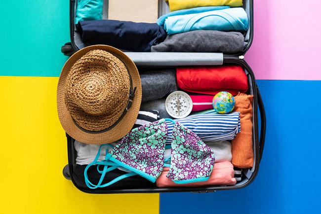 Cần biết những gì bạn không được phép mang theo một chuyến bay: Nếu bạn muốn mang một vài thứ lớn, lạ hoặc có khả năng nguy hiểm, hãy kiểm tra trang web TSA để đảm bảo rằng nó có được phép mang theo trên chuyến bay hay không.